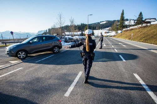 Noch wird am Bödele die Ausreisetestpflicht genau kontrolliert. VN/Steurer