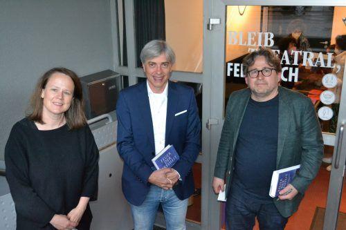 GF Sabine Benzer (Theater am Saumarkt), Peter Bilger (Tangente Saumarkt) sowie Philosoph und Autor Wolfram Eilenberger. bi