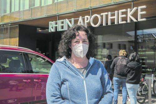 Sandra Häseli (44) aus Höchst rechnet in den kommenden Tagen mit einem Verkehrschaos. VN/Paulitsch