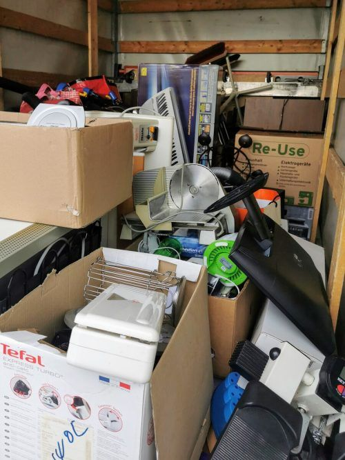 Tonnenweise Elektronik wird bei den Re-Use-Tagen gesammelt.