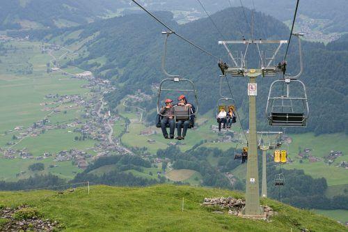 Von der Hirschbergbahn sind nur noch die 17 Stützen übrig.vn/PAulitsch