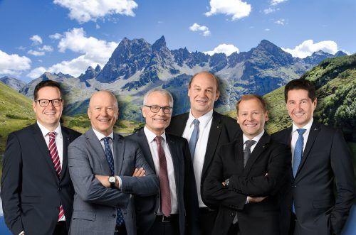 Vorstandschefs Martin Jäger, Christian Ertl, Anton Steinberger, Gerhard Lutz, Hermann Bachmann, Harald Giesinger. M.Rhomb.