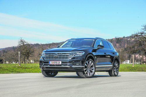 Wuchtiger Auftritt ohne jegliches Protz-Gehabe: VW Touareg in der Topversion mit 462-PS-Hybridantrieb.VN/Steurer