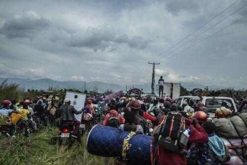 Zehntausende Menschen müssen die Stadt verlassen. AP