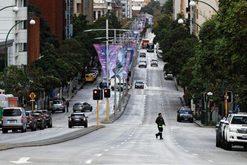 Bis auf wenige Ausnahmen müssen auch die Menschen in Perth zuhause bleiben. AFP