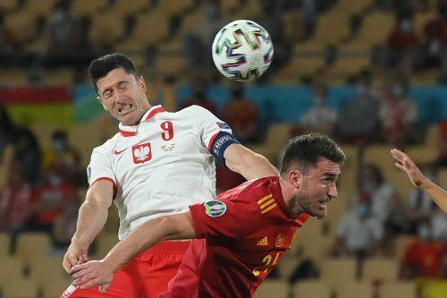 Augen zu und Tor: Robert Lewandowski traf gegen Spanien zum 1:1-Ausgleich.apa