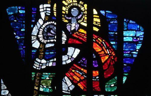 Betonglasfenster von Albert Birkle in der Kirche St. Christoph in Dornbirn. rudolf sagmeister
