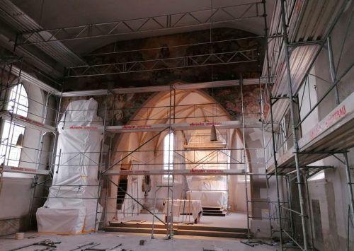 Bis in den Herbst wird im Innenraum fleißig gewerkelt, so lange bleibt die Kirche geschlossen. Mäser
