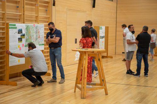 Bürger konnten ihre Ideen zur Dorfentwicklung bei der Raumwerkstatt in Vandans vorbringen. STO