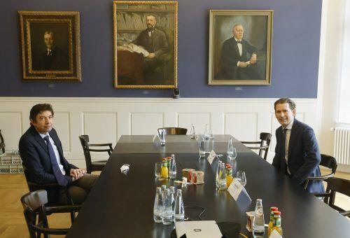 Bundeskanzler Sebastian Kurz traf den Virologen Christian Drosten in der Berliner Charité.APA