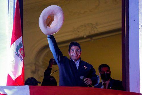 Castillo forderte von seinen Anhängern Besonnenheit.AFP