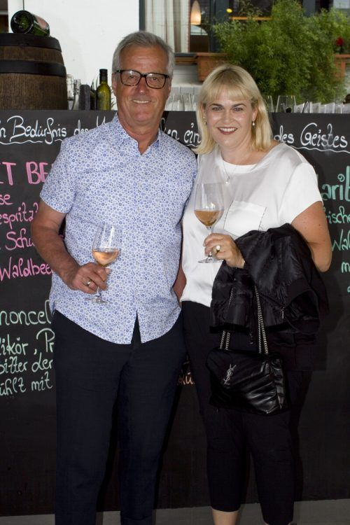 Claudia und Reinhard Gigler beim Apero.