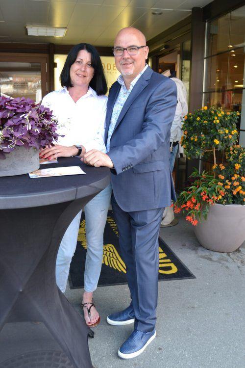 Claudia und Wilfried Heim freuten sich über die zahlreichen Gäste.