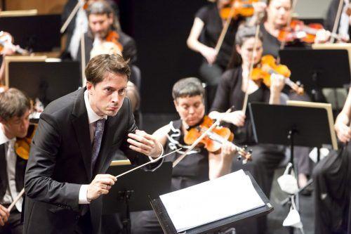 Das Orchester unter Leo McFall beeindruckte im Montforthaus Feldkirch. SOV/Mathis