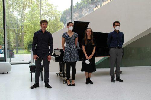 David Mikic, Lia Hartl, Janessa Embley und Mert Bakir sorgten für eine musikalische Mittagspause. Heilmann