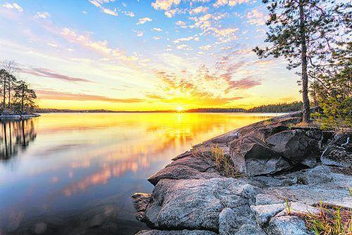Den See Saimaa hat man auf der angenehmen Radstrecke immer im Blick.