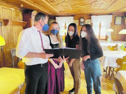 """Der """"Adler"""" wurde bereits zum zweiten Mal als """"Great Place to Work – Bester Arbeitgeber im Tourismus"""" ausgezeichnet.Adler"""