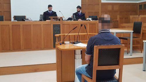 Der Angeklagte verstrickte sich vor Gericht mehrmals in fürihn verhängnisvolle Widersprüche.eckert