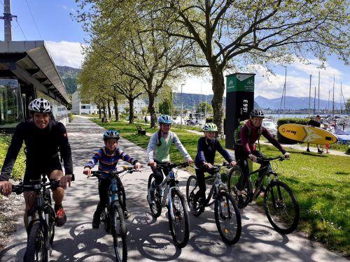 Der Bodensee-Radweg von Lindau über Lochau nach Bregenz entlang einer reizenden Uferlandschaft ist sicherlich die am stärksten frequentierte Radroute in ganz Vorarlberg. bms/3