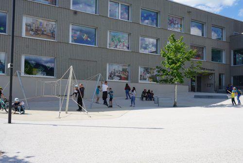 Der Campus Bütze war Treffpunkt nach der Schnitzeljagd. H. Pfarrmaier/2