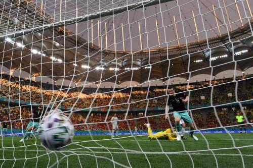 Der Grazer Michael Gregoritsch brachte Österreichs Nationalteam im ersten Gruppenspiel gegen Nordmazedonien mit seinem Treffer zum 2:1 in der 78. Minute auf die Siegerstraße.ap