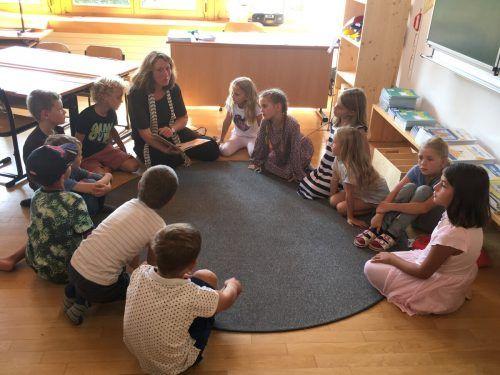 Der Lehrerberuf ist eine anspruchsvolle Tätigkeit. Es gibt aber zu wenige Pädagogen in Vorarlberg. Symbolbild/Mayer