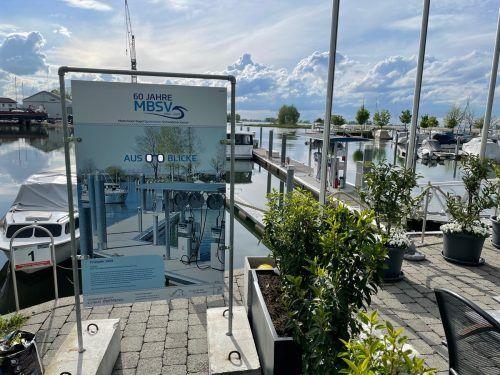 Der Motorboot-Segel Sportverein Schwedenschanze lädt zu einer beeindruckenden Ausstellung im Fußacher Hafen anlässlich des 60-Jahr-Jubiläums.