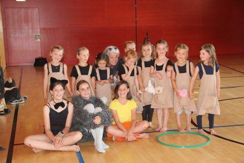 Die Abschlussaufführung der Tanzklassen der Musikschule Montafon gibt es heuer in Form von Videoaufnahmen. STR