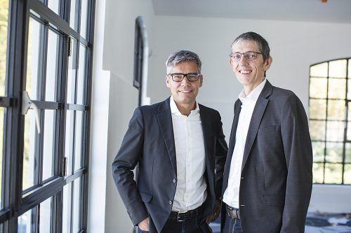 Die beiden Firmengründer und Immobilienentwickler Egon Hajek und Gero Riedmann holten sich zwei Partner ins Unternehmen. Fa