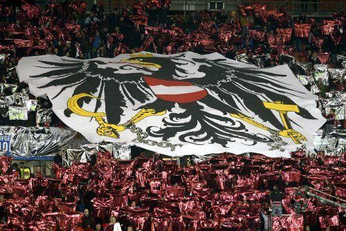Die Fans des österreichischen Nationalteams sind bekannt für gute Choreografie, bei der EM werden jeweils 2000 vor Ort sein.apa
