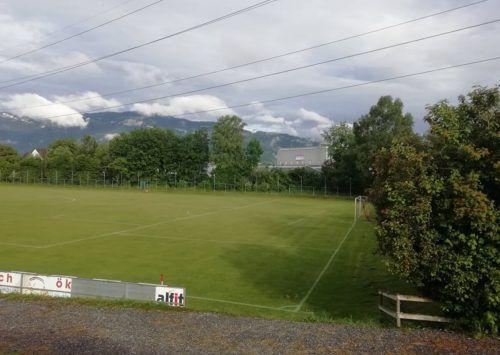 Die Fußballplätze in Mäder erhalten jeweils eine neue Fluchtlichtanlage. Die Arbeiten werden während der Sommerpause ausgeführt.Mäser