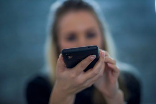 Die Handysignatur ist der Schlüssel zum Grünen Pass. Sie kann online beantragt werden, aber auch persönlich bei diversen Anlaufstellen.VN