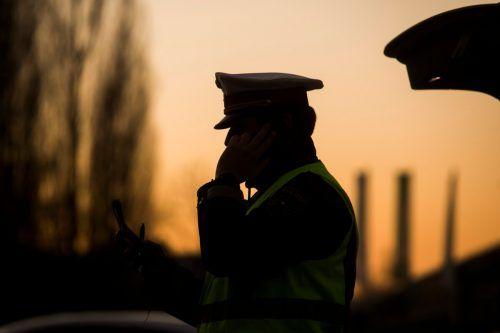 Die Polizei heftet sich an die Spur des Unbekannten und gehtjedem Hinweis aus der Bevölkerung nach.symbol/vn/paulitsch