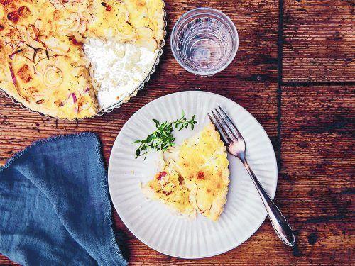 Die Zwiebel-Birnen-Quiche mit Vorarlberger Bergkäse schmeckt ausgezeichnet und macht auch für Gäste etwas her.Alma/Rupp AG