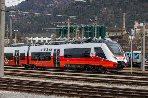 Dieser Zug wird wohl nie auf Vorarlbergs Schienen zu sehen sein: Der Talent 3. VN/Steurer