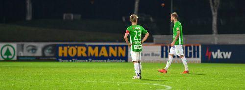 Ein Duo, das jeweils um ein weiteres Jahr für die Grün-Weißen spielen wird: Pius Grabher (links) und Matthias Maak.gepa