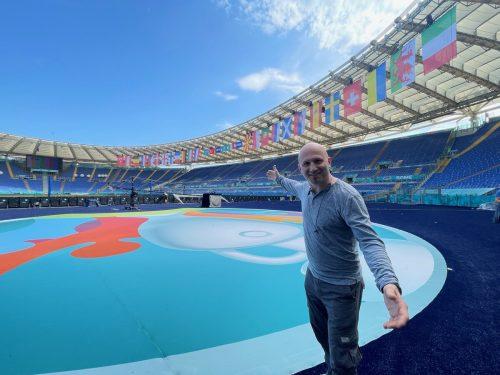 Ex-Freestyle-Weltmeister Christian Rijavec tritt bei der Eröffnungsfeier in Rom auf.