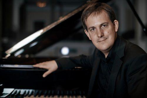 Gerhard Vielhaber kam im Alter von 31 Jahren als Dozent an das Vorarlberger Landeskonservatorium. Sebastian Mosquera