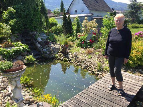 Ihr schöner Garten beschert Hannelore immer wieder Glücksmomente.