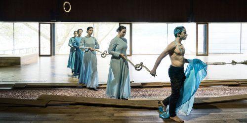 """""""Ihr seid bereits eingeschifft"""" von Silvia Costa wurde als Kooperation des Landestheaters und der Festspiele am Freitag an verschiedenen Orten in Bregenz uraufgeführt. LT/KOEHLER"""