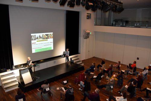 Im Vinomnasaal fiel mit einem öffentlichen Vortrag der Startschuss für die Entwicklung eines neuen Sozialleitbilds.Marktgemeinde