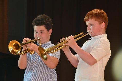 In verschiedenen Formationen gemeinsam zu musizieren bereitet nicht nur den Kindern und Jugendlichen großen Spaß.DOB
