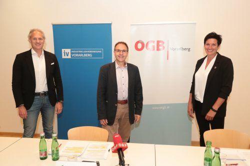 IV-Präsident Martin Ohneberg, ÖGB-Landesvorsitzender Reinhard Stemmer und ÖGB-Landesfrauenvorsitzende Iris Seewald. ögb
