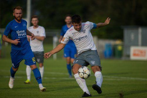 Kapitän Fabio Feldkircher und Lochau haben den VfB Bezau zu Gast.Steurer