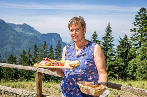 Köstlichkeiten von Irmgard Rein auf der Alpe Schwende. VN/Sams
