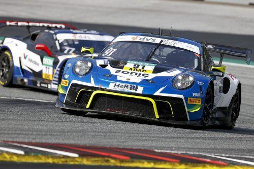 Marco Holzer fuhr mit seinem Porsche in Spielberg mit den Plätzen sechs und neun zwei Mal in die Punkteränge.Noger