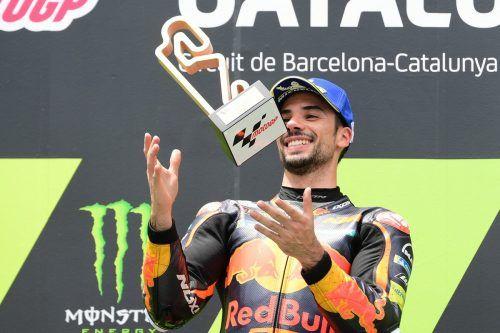 """Miguel Oliveira freute sich nach seinem Sieg: """"Es ist schwierig, in Worte zu fassen, was passiert ist. Das war eines der besten Rennen meiner Karriere.""""apa"""