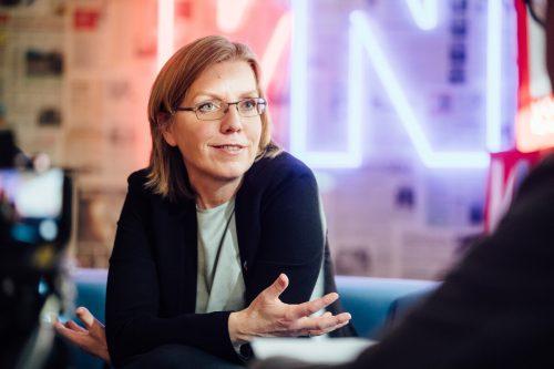 Ministerin Leonore Gewessler will Trendwende im Verkehr erreichen. VN/Sams