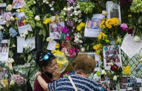 Nach dem Hauseinsturz in Surfside bei Miami wird noch immer nach den mehr als 140 Vermissten gesucht. Die Zahl der Todesfälle stieg auf zwölf. AP