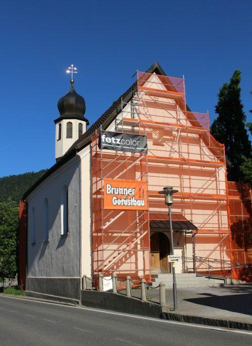Nach der umfassenden Renovierung um die Jahrtausendwende wird die Alberschwender Merbodkapelle wieder einer Auffrischung unterzogen. STP